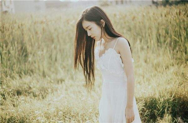 甜美清新的女生简短微信扣扣网名 恋紫依依